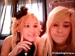 Webcam lesbian blondes