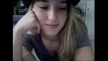 Amateur blonde teen on omegle [teenselfies.net]